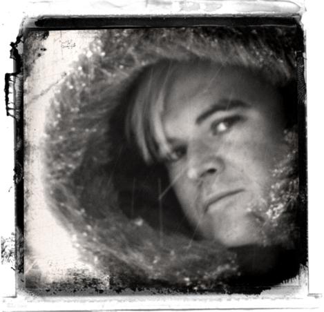 Bing_look_winter